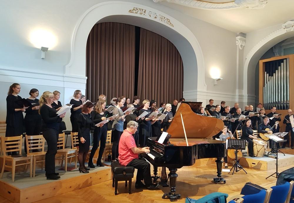 Schließlich: Bernhard Sieberer (Klavier)